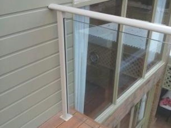 Semiframeless glass pool fencing Gold Coast 3