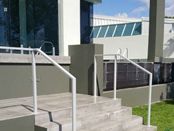 Semiframeless glass pool fencing Gold Coast 19