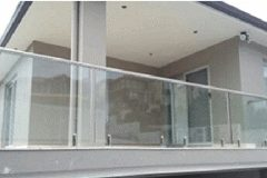 Frameless glass pool fencing Gold Coast1